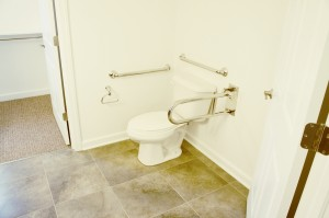 Grab bars & commode